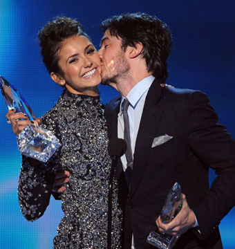 'Vampire Diaries' co-stars Ian Somerhalder and Nina Dobrev won Favorite On…