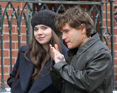 "Hailee Steinfeld and Emile Hirsch were spotted on the Brooklyn set of ""Ten…"