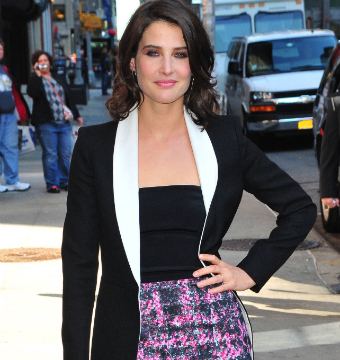 "Cobie Smulders stopped by the ""Late Show with David Letterman"" in NYC."