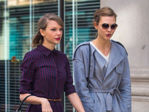 Taylor Swift and model Karlie Kloss took a stroll in NYC on Thursday.