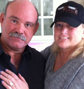 Debbie Rowe Engaged and Seeking Guardianship of Prince, Paris… and Blanket…
