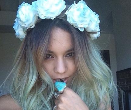 Vanessa Hudgens Dyes Her Hair Blue!