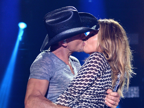 What Marriage Trouble? Tim McGraw and Faith Hill Share Steamy Kiss Onstage