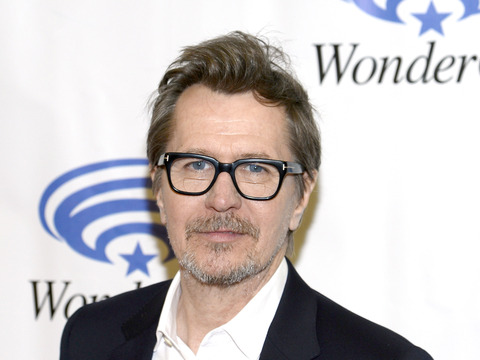 ADL Unimpressed with Gary Oldman's Apology for Controversial Remarks