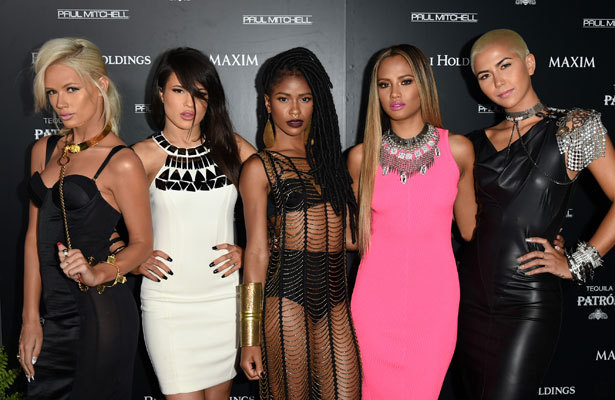 'Extra' Hangs with G.R.L. on Set of 'Ugly Heart' Video
