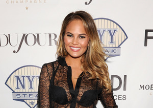 Video! Cute Chrissy Teigen Nails First Pitch at L.A. Dodgers Game