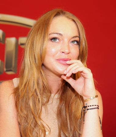 Lindsay Lohan Up Close and Personal with Mystery Man in the Hamptons
