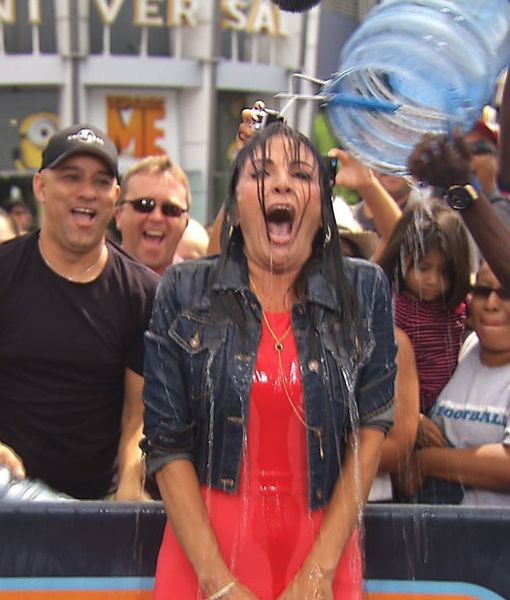 Jenni Pulos Takes the ALS Ice Bucket Challenge From Mario Lopez