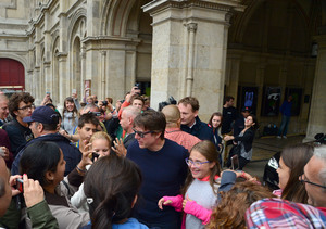 Tom Cruise Mobbed by Fans in Vienna