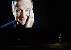 Emmys: Watch Billy Crystal's Emotional Tribute to Robin Williams