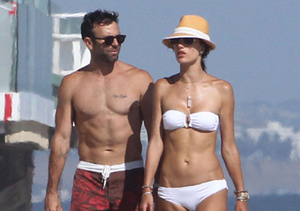 Model Alessandra Ambrosio and fiancé Jamie Mazur took a stroll on the beach in…
