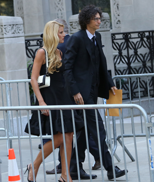 Inside Joan Rivers' Star-Studded Funeral: Howard Stern, Hugh Jackman and Others Attend