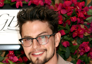 Twi-Flight Fright! 'Twilight' Star Jackson Rathbone Tweets Plane Scare