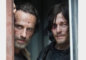 'Walking Dead' Sneak Peek: Find Out What Zombies and Rotisserie Chicken Have in Common!