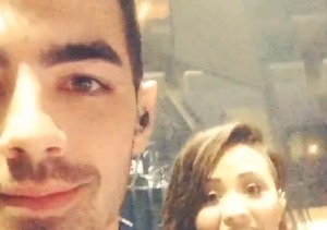 Joe Jonas and Ex Demi Lovato Reunite!