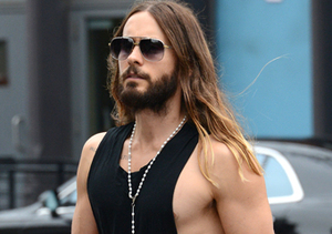 Jared Leto showed off his muscle-bound bod in NYC.