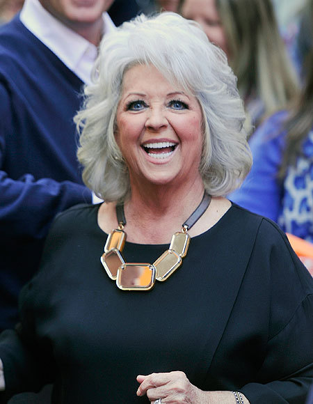 Paula Deen Amazed by the Support of Her Fans