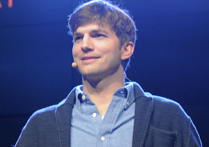 Ashton Kutcher's First Words on Baby Wyatt!