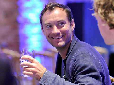 Jude Law to Become a Dad for Fifth Time