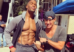 Wowza! Michael Strahan Shows Off Six-Pack Abs on 'Magic Mike XXL' Set