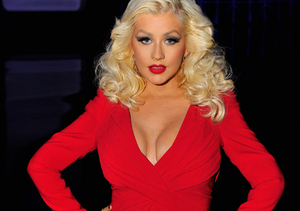 Christina Aguilera Shows Off Body After Baby!