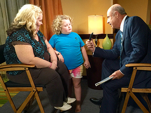 Extra Scoop: Dr. Phil Slams Mama June as a 'Compulsive Liar' Who Is Drawn…