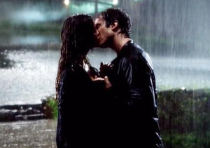 'Vampire Diaries': Will There Be a Delena Kiss Under the Mistletoe This…