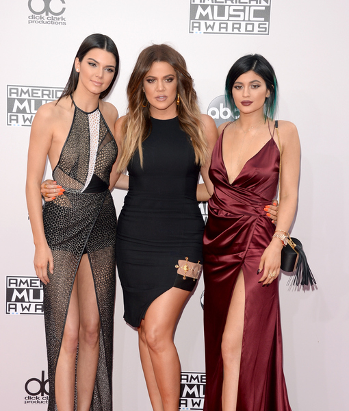 AMAs 2014: Kylie and Kendall Jenner, Sister Khloé K and Others Show Off the Legs!