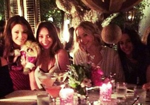 Jennifer Lawrence Has a 'Real Housewives' Dining Experience!