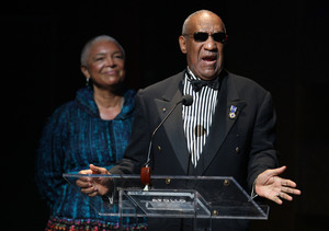 New Details: How Bill Cosby's Wife Is Handling the Rape Allegations Against…