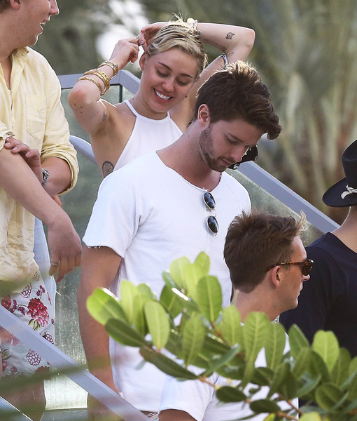 Rumor Bust! Maria Shriver Does NOT Want to Break Up Patrick Schwarzenegger and…