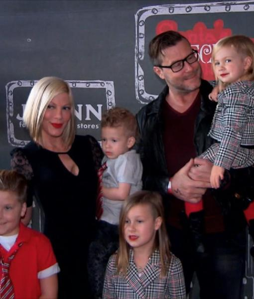 Tori Spelling and Dean McDermott's Happy Family Christmas! The Reality Mom…
