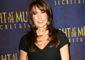 Robin Williams' Widow Attends 'Night at the Museum' Premiere, Cast Pays Tribute