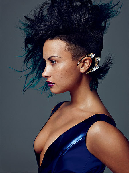 What's on Her Ear? See Demi Lovato's Daring New Look and More!