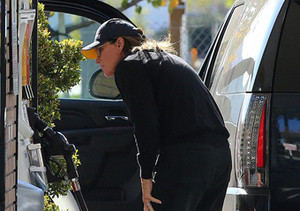 Pic! Bruce Jenner Rocks a French Manicure… at a Gas Station