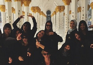 New Pics! Kendall Jenner and Selena Gomez on Vacation in Dubai