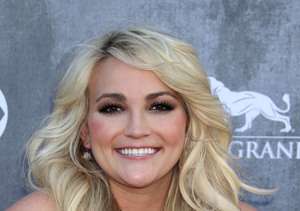 Extra Scoop: Jamie-Lynn Spears Reportedly Pulls Out Knife to Stop Shop Brawl