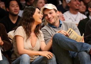 Listen Up! Ashton Kutcher Is Offering Dating Advice