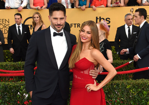 Sofia Vergara Flashes Engagement Ring at SAG Awards
