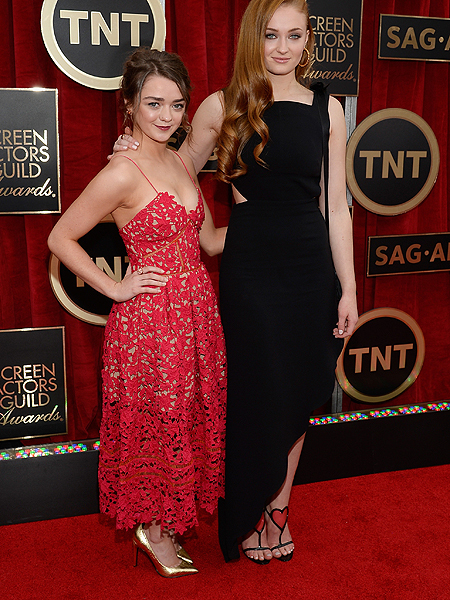 'Game of Thrones' Sisters Look All Grown Up at SAG Awards