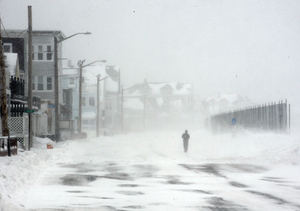 Holy Blizzard! Celebrities React to Snowmageddon 2015