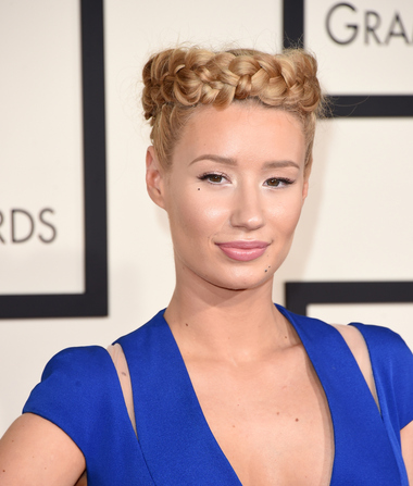 Iggy Azalea Slams Papa John's Pizza After Driver Gives Out Her Number