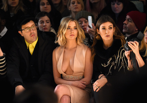 'Pretty Little Liars' Star Risks Nip Slip for Fashion's Sake