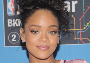 Extra Scoop: Is This the Real Reason Rihanna Has Been Seen with Leo DiCaprio?
