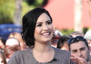 Demi Lovato Sets Record Straight on Health Scare