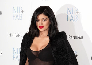 Kylie Jenner, Now 18, Wants Access to $5-Million Fortune