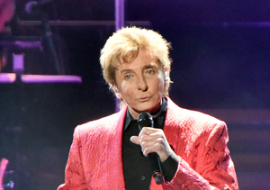 Extra Scoop: Barry Manilow Marries His Manager Garry Kief in Surprise Ceremony