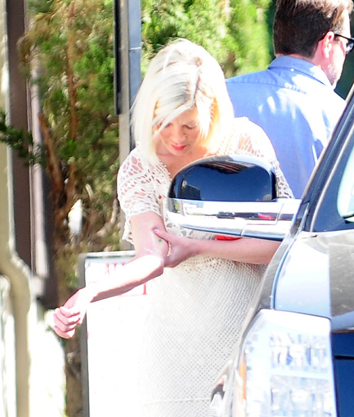 Report: Tori Spelling Rushed to Hospital with Severe Burn, Undergoes Skin Graft