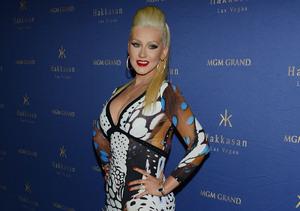 Looking Hot, Christina Aguilera Parties with Matthew Rutler in Vegas!