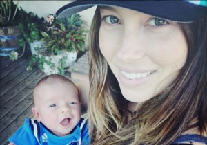 Pic! Justin Timberlake & Jessica Biel Share First Baby Photo